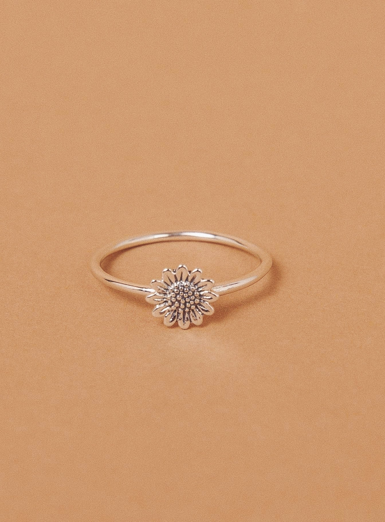 Midsummer Star Delicate Sunflower Ring Silver