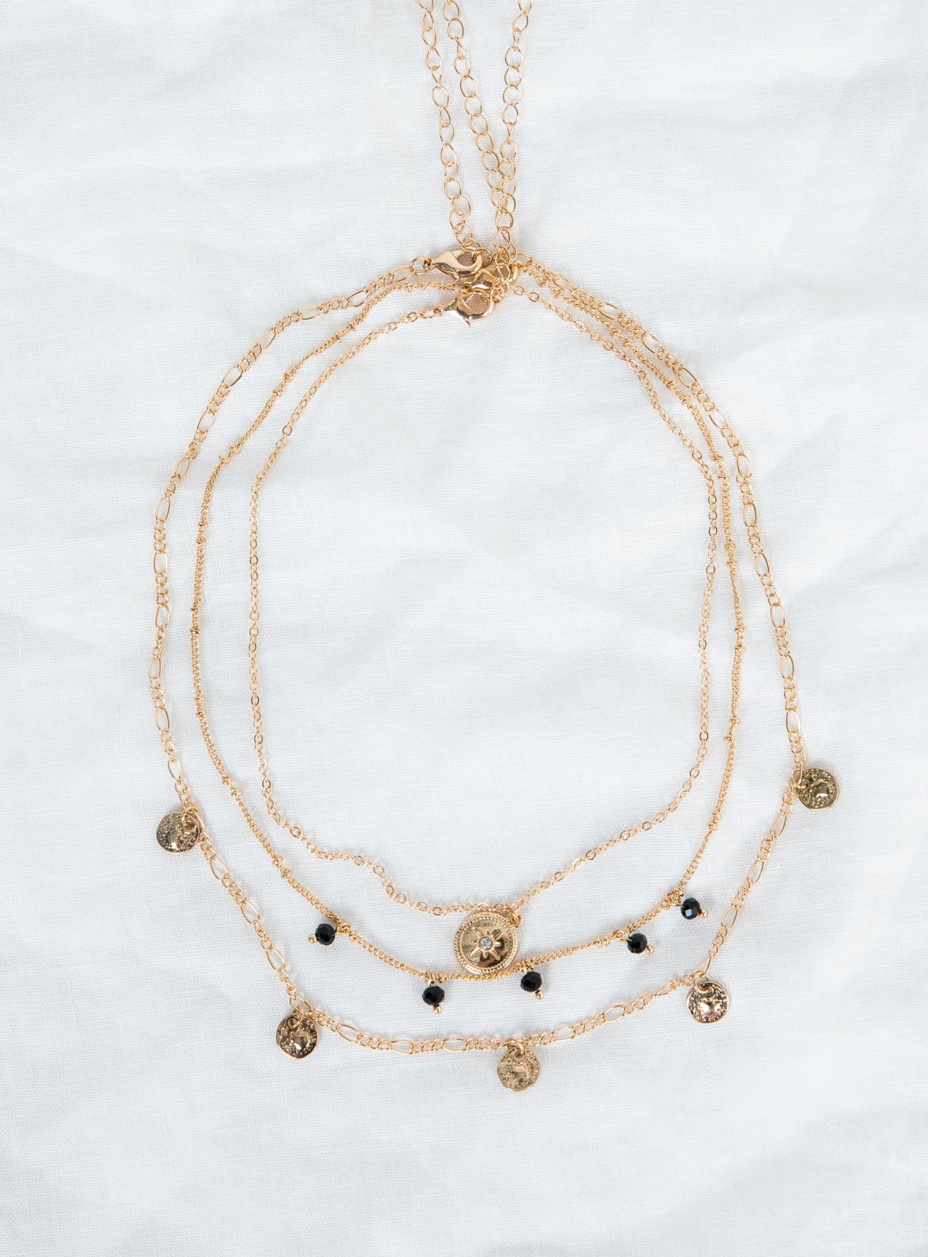 Hylo Necklace Set
