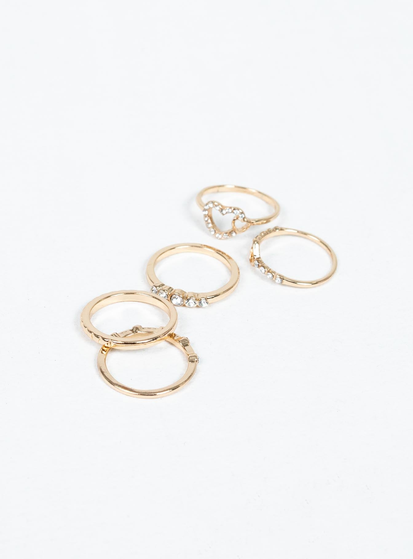 Danyon Ring Set