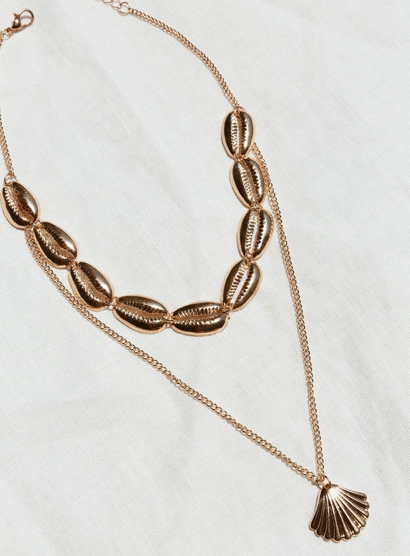 Seashell Layered Necklace Gold