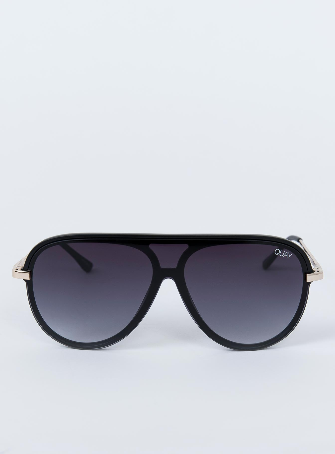 QUAY Empire Sunglasses Black Smoke