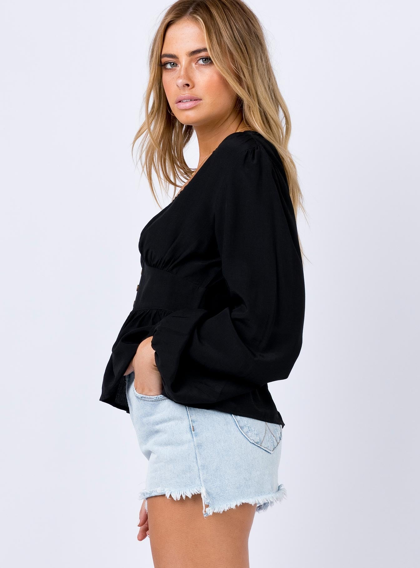 Andover Top Black