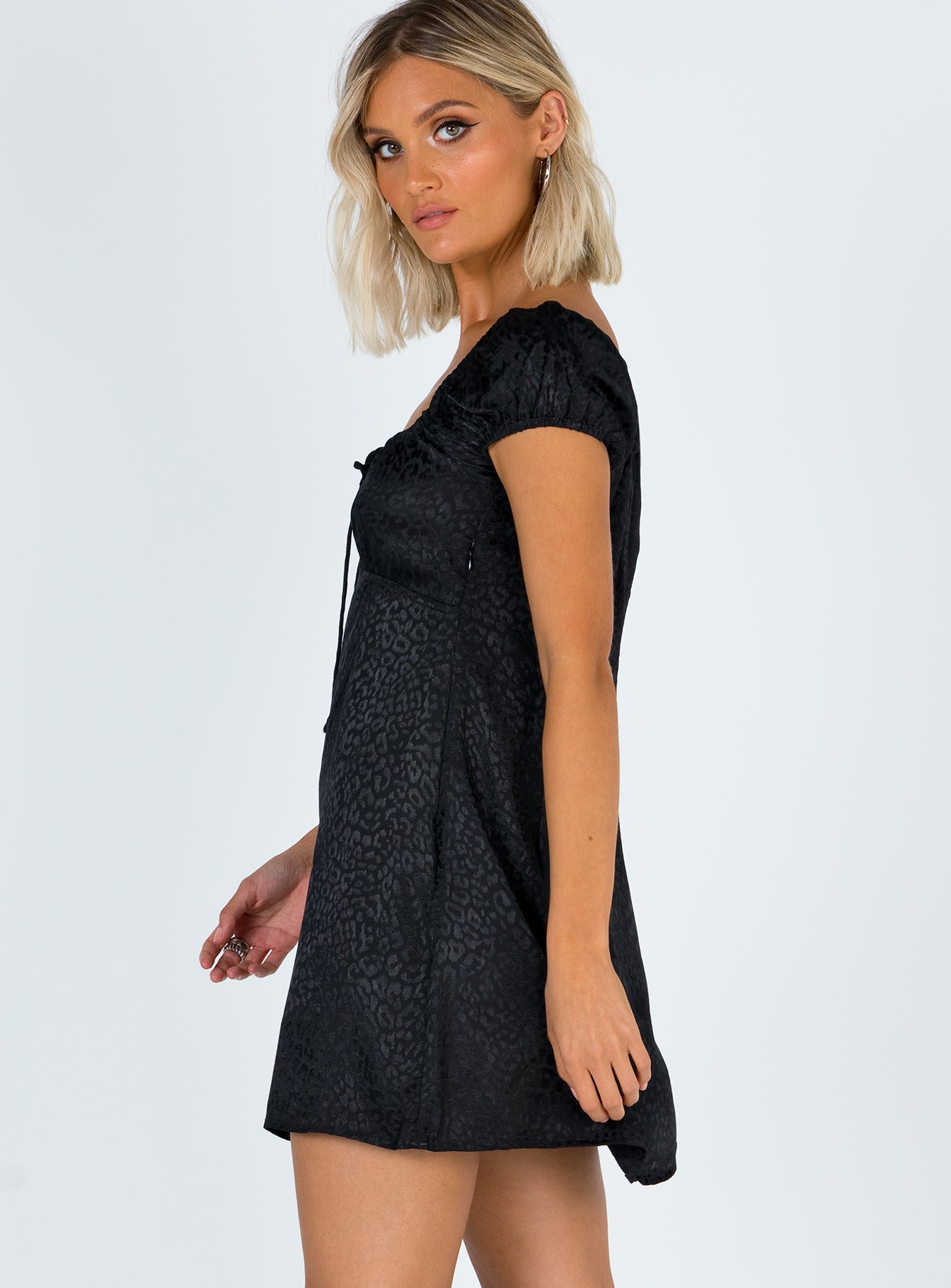 Motel Gaval Dress Satin Cheetah Black