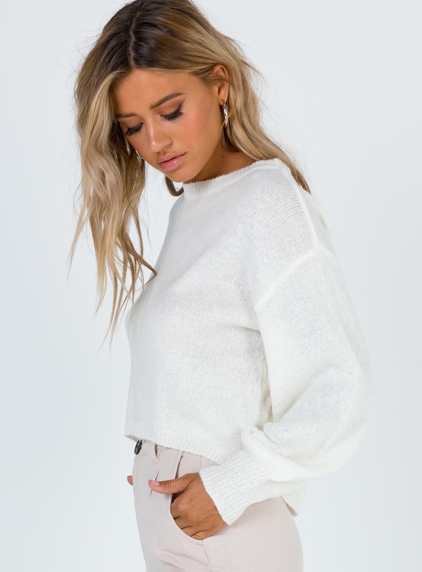 Neveah Sweater