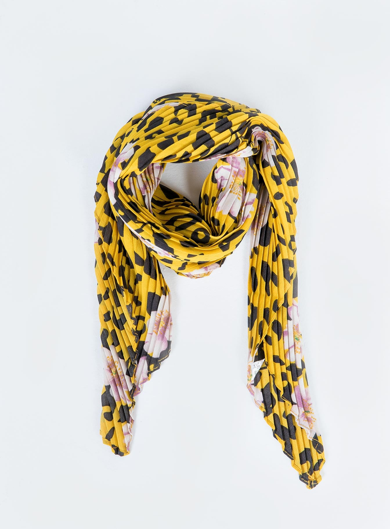 Welcome To The Jungle Scarf