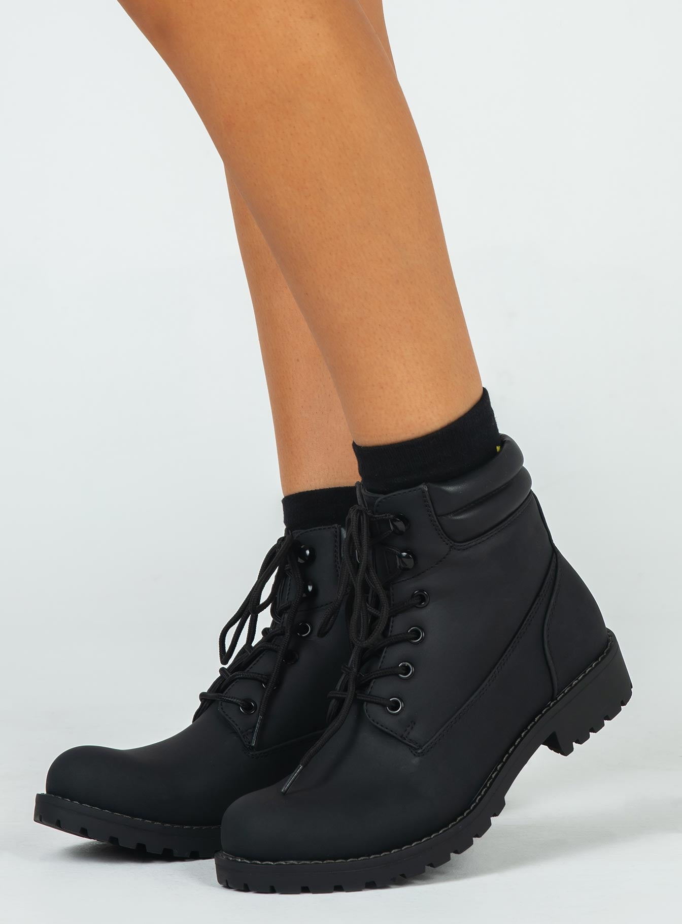 Therapy Drew Black Boots