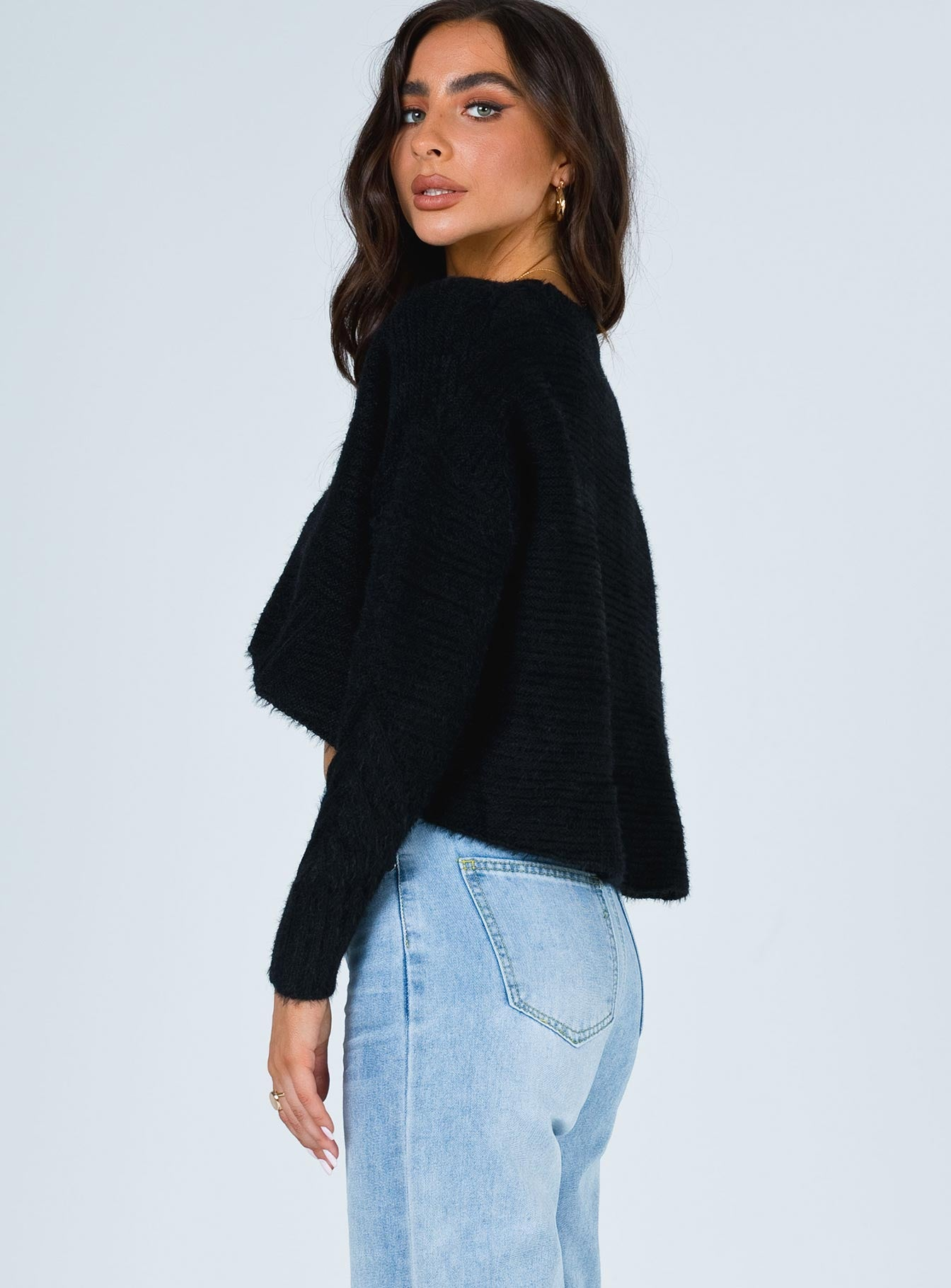 Devin Cropped Sweater Black