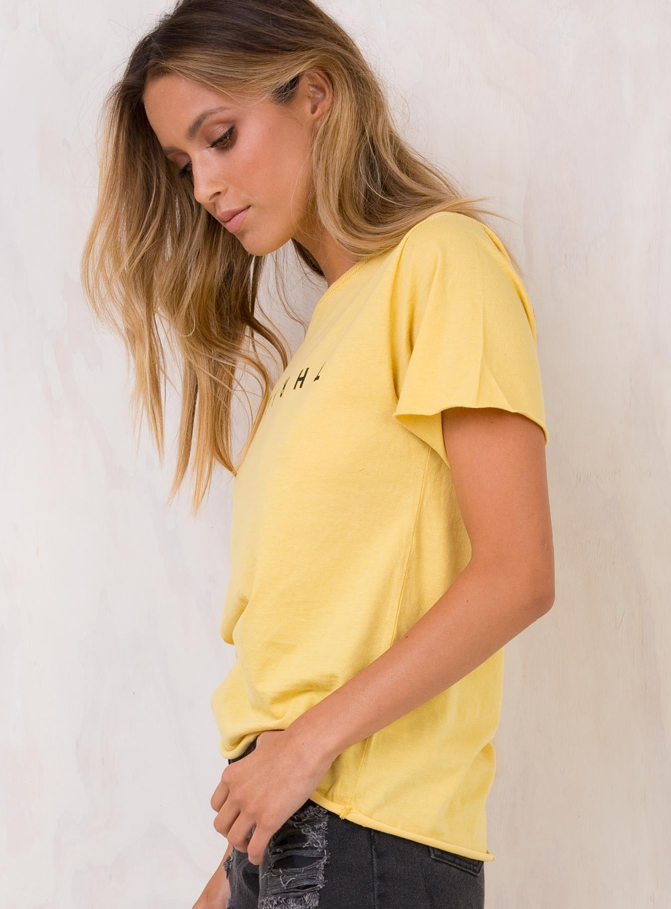 Thrills Vintage Yellow Classic Tee