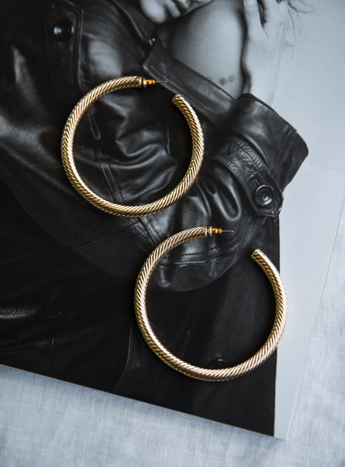 Mariya Hoop Earrings