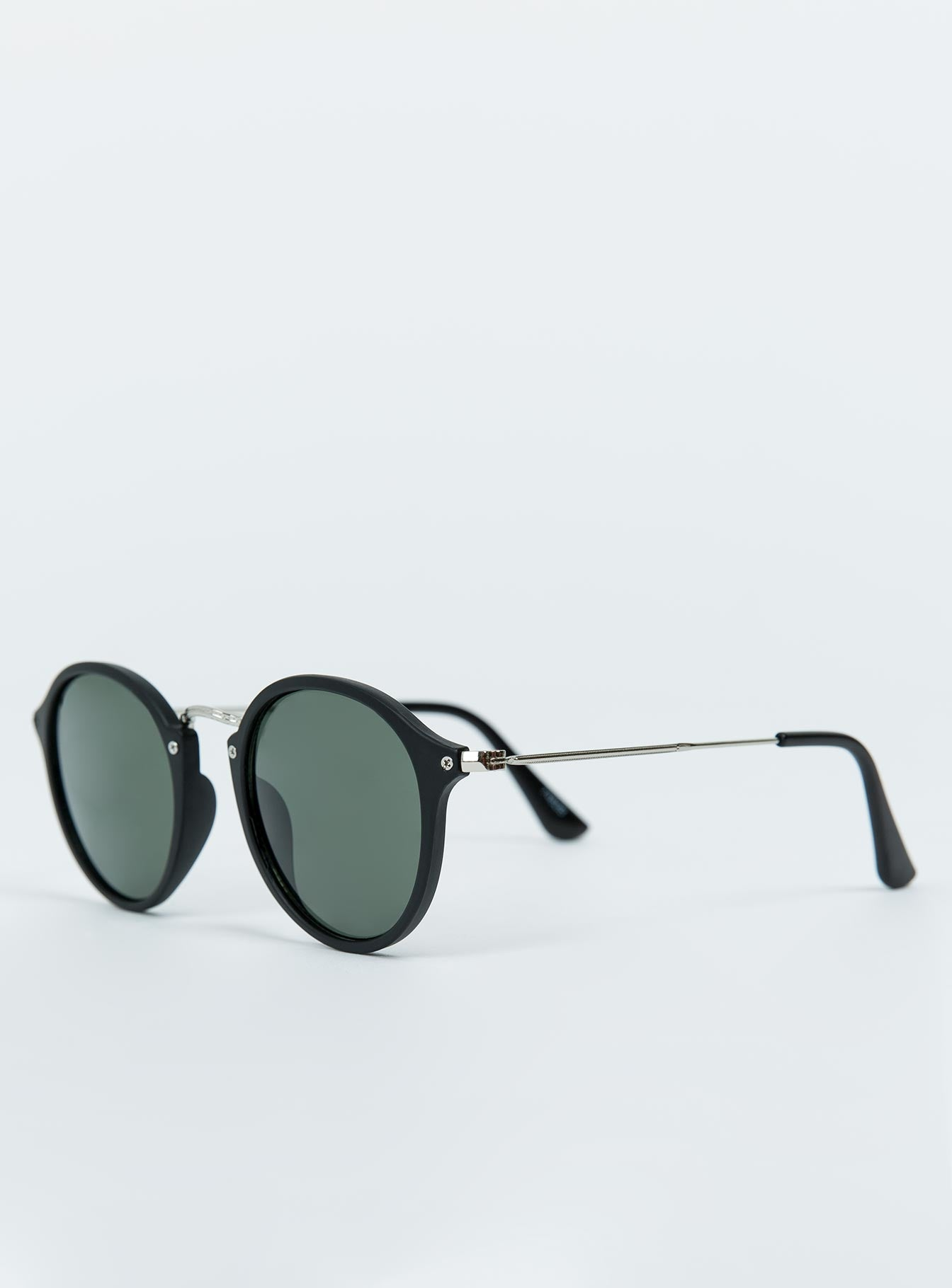 The Clueso Sunglasses Matte Black