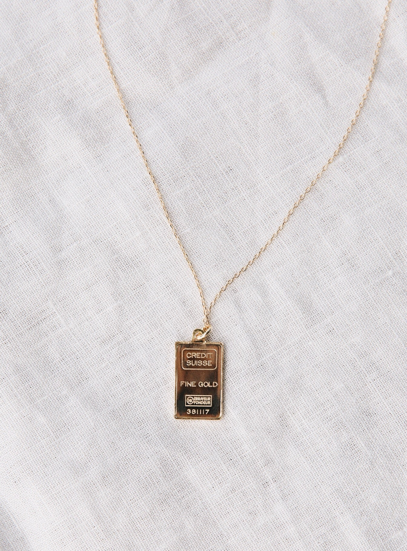Jolie & Deen Gold Bar Necklace