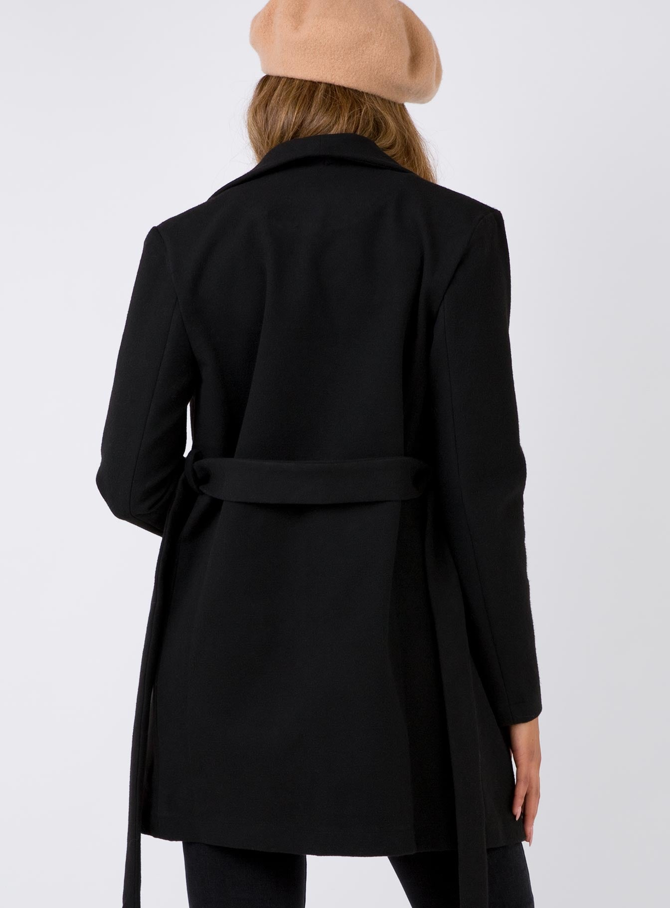 The Loras Coat Black