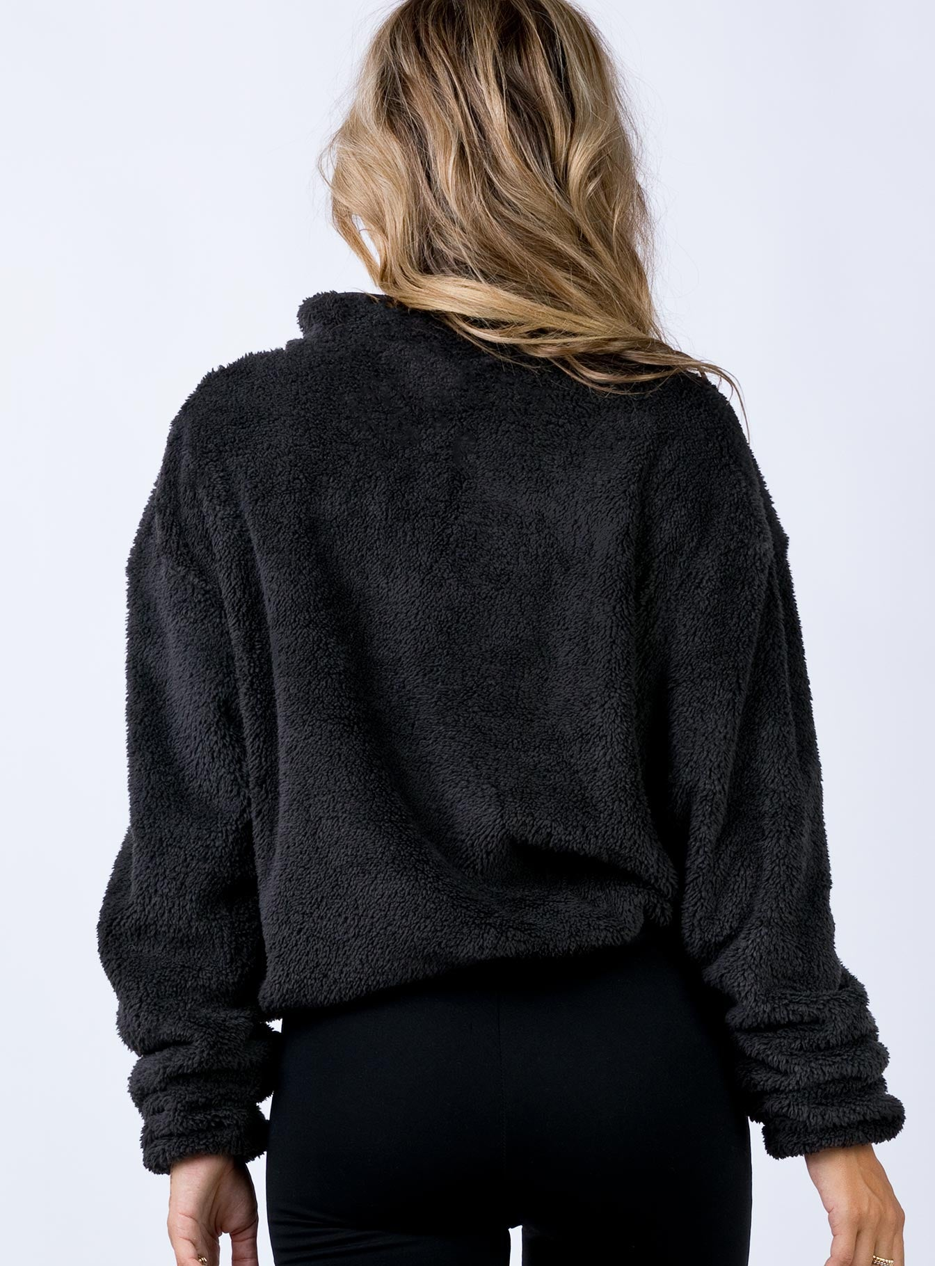 Winter Warmth Cropped Jumper Black