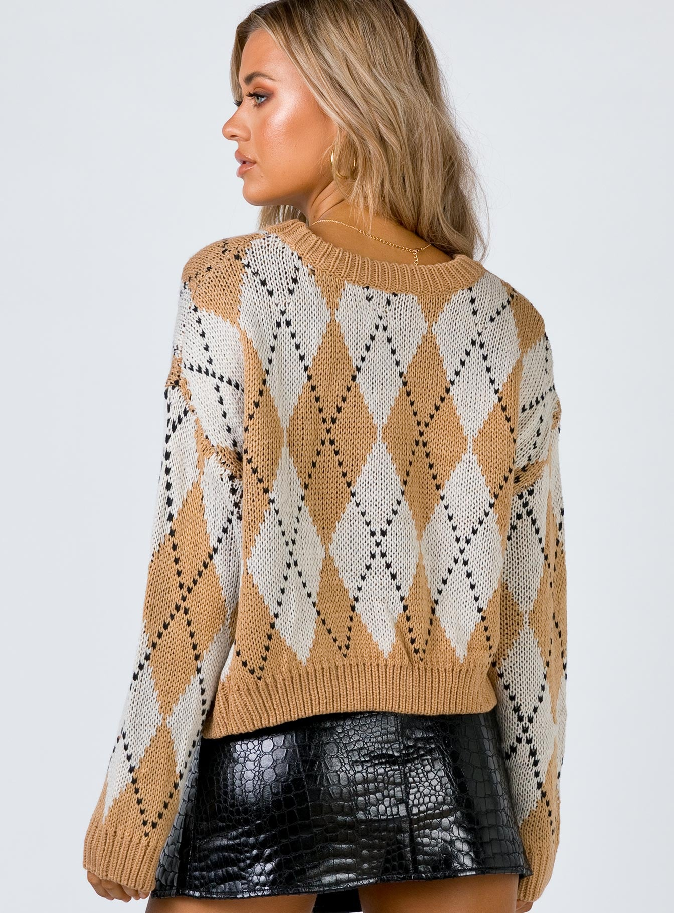The Askern Jumper Beige