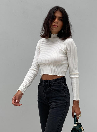 Grand Gestures Ribbed Top White