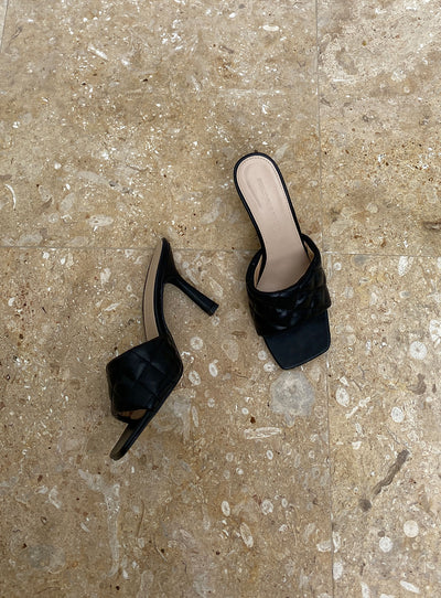 The Leigh Heels Black