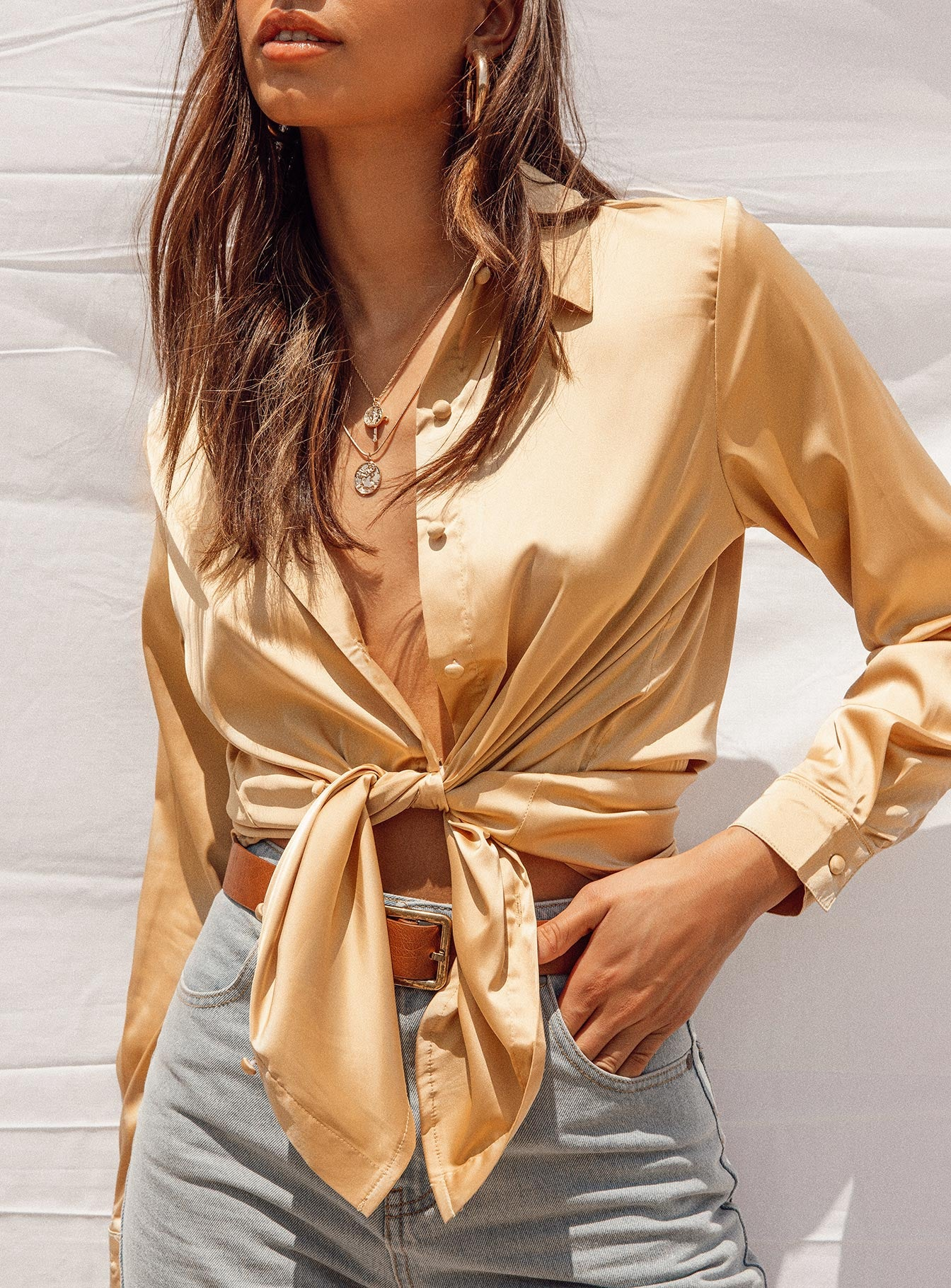 Vintage Vibes Shirt Gold
