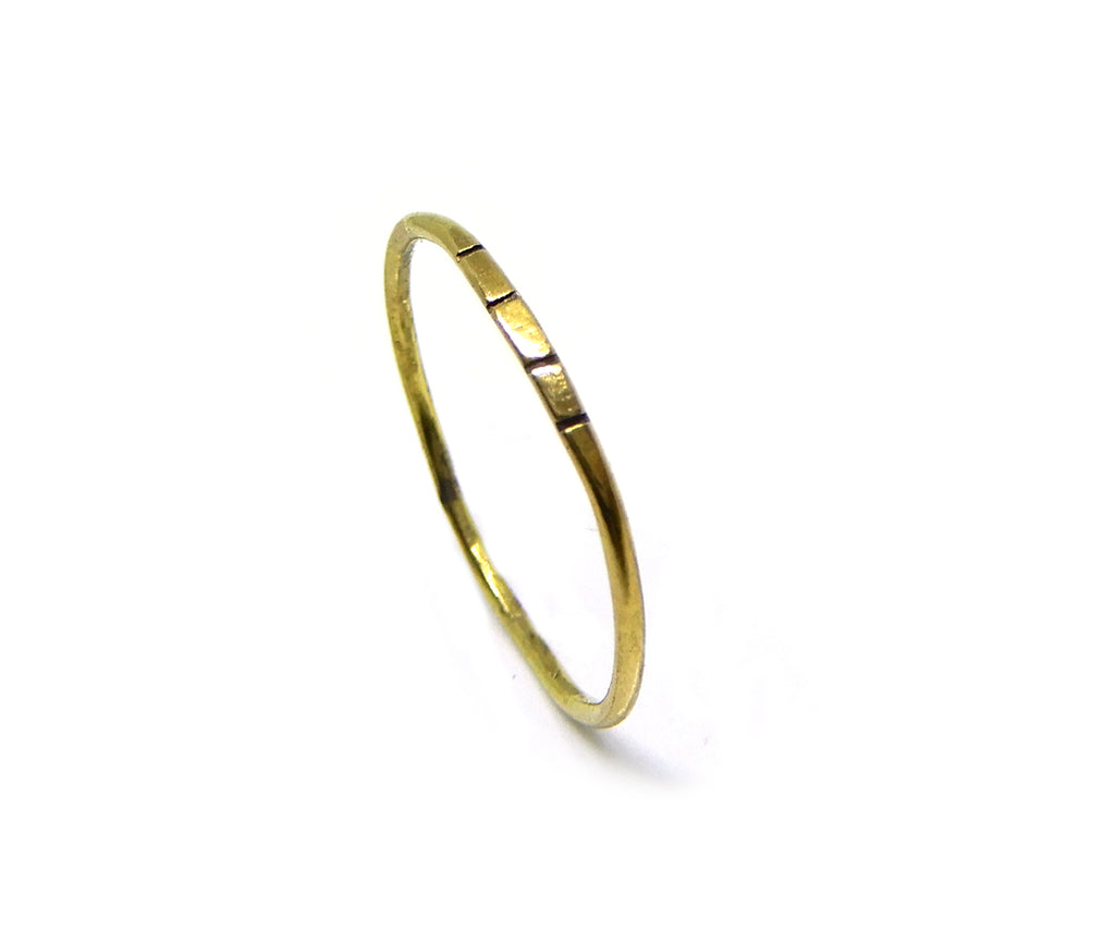 Ring | The striped brass