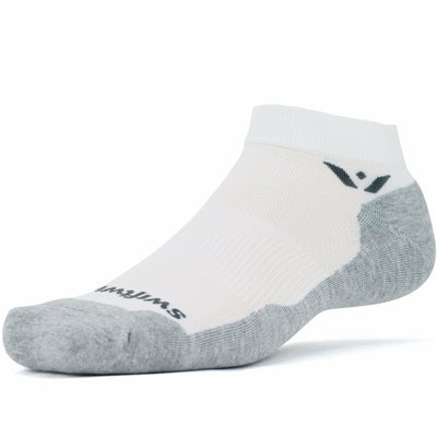Swiftwick Maxus One Ankle Socks - Small / White