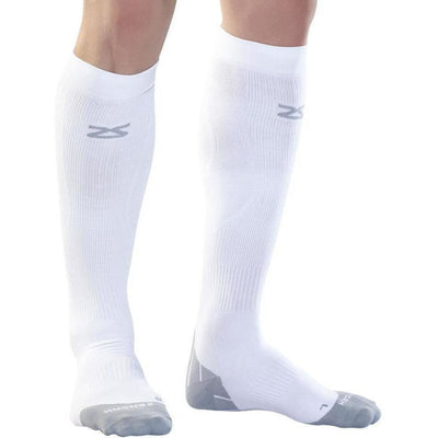 Zensah Tech+ Compression Socks Medium / White