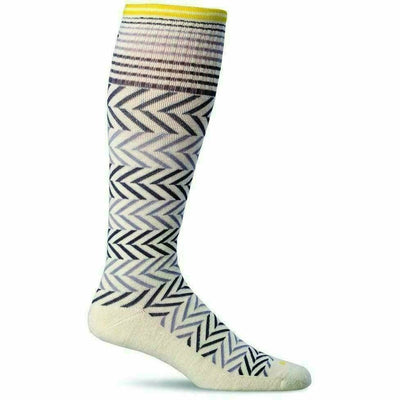 Sockwell Womens Chevron Moderate Compression Knee-High Socks - Small/Medium / Natural
