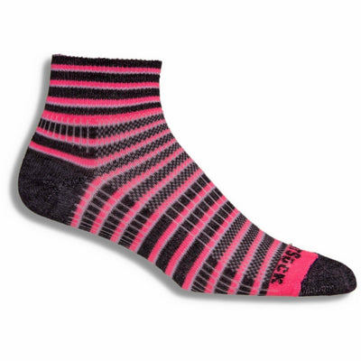 Wrightsock Double-Layer Coolmesh II Lightweight Striped Quarter Socks - Medium / Pink