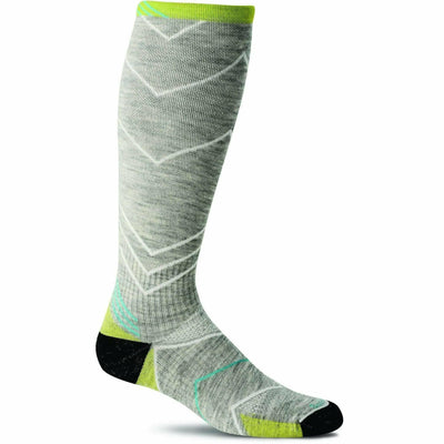 Sockwell Womens Incline Moderate Compression Knee High Socks Small/Medium / Light Gray