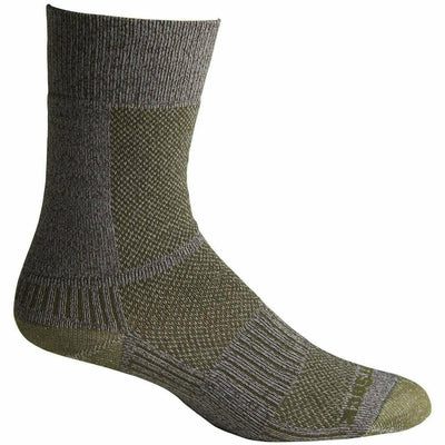 Wrightsock Double-Layer Coolmesh II Lightweight Crew Socks - Small / Trail Green / Single Pair