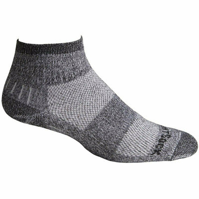 Wrightsock Escape Midweight Quarter Socks - Small / Black Twist