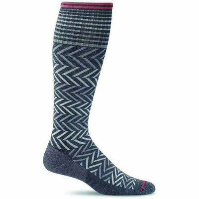 Sockwell Womens Chevron Moderate Compression Knee-High Socks - Small/Medium / Charcoal