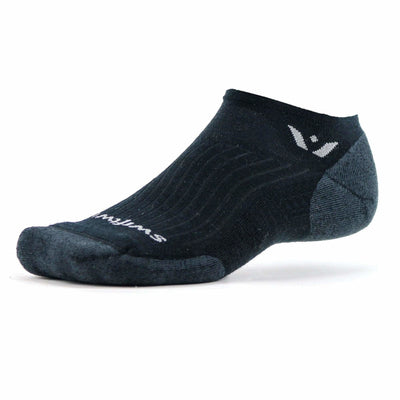 Swiftwick Pursuit Zero Medium Socks - Medium / Black