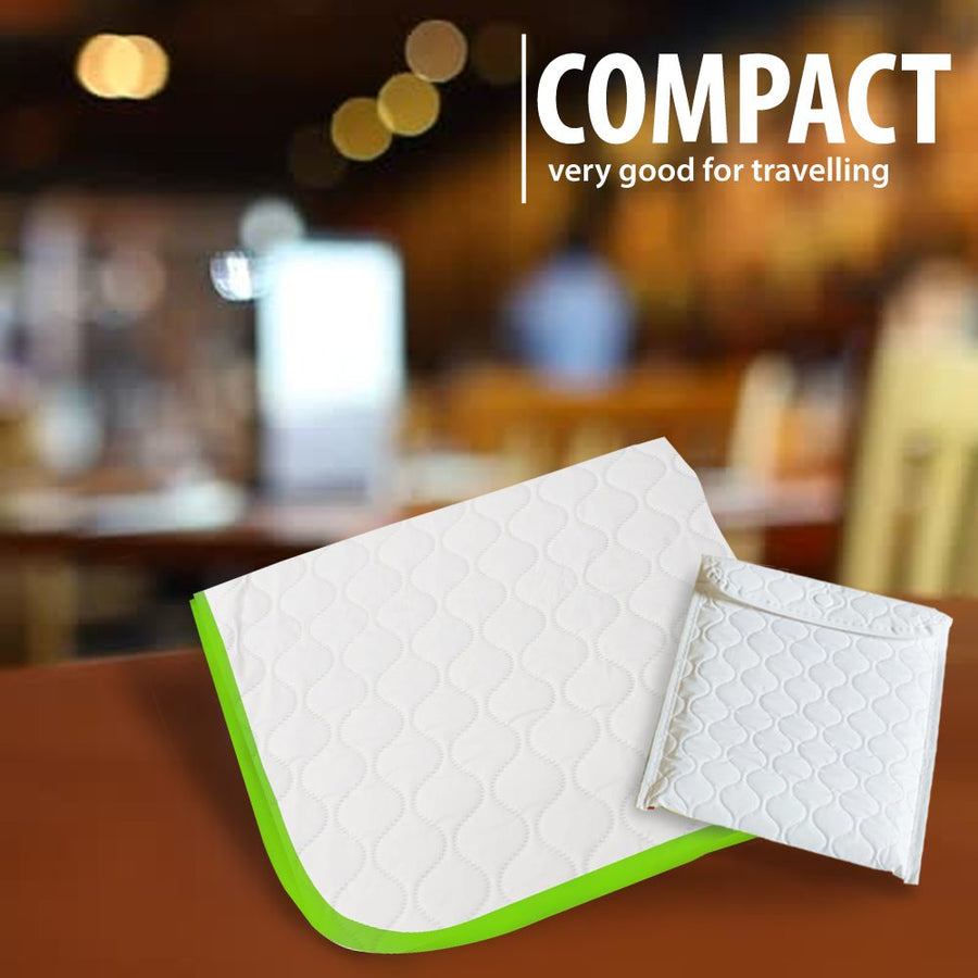 Portable changing pad (white)