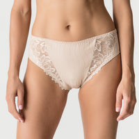 Prima Donna Deauville Full Brief