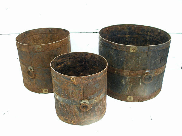 Garden Art Planters - Rusty Cans Set - Unique Planter Idea - idugitup