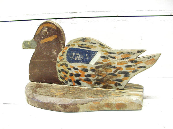 Vintage Folk Art Duck Decoy - Hand Carved - Hand Painted Home Made - idugitup