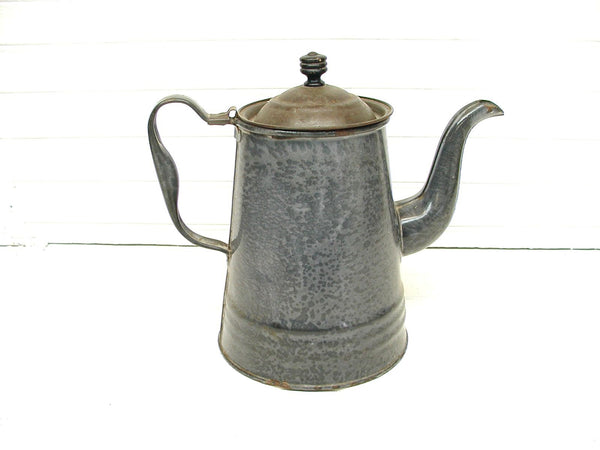 Vintage Enamel Coffee Pot - Rustic Coffee Pot - Kettle with Lid - Perfectly Primitive - idugitup