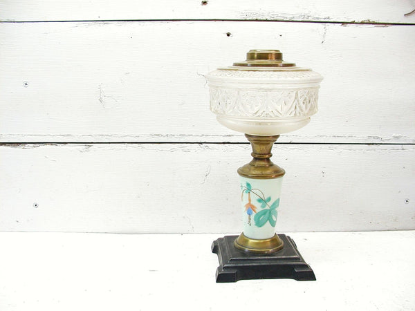 Antique Oil Lamp - Asian Inspired - Kerosene Lamp - Cast Iron Base -Victorian Lamp - Hurricane Lamp - idugitup