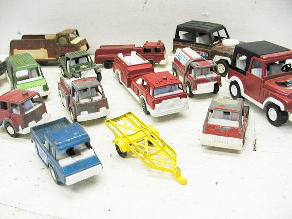 Vintage Lot Tootsie Toys - Cars and Trucks - 14 Pieces - idugitup