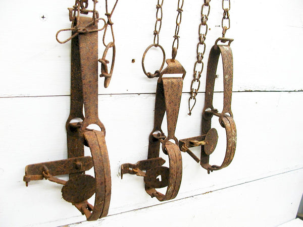 Vintage Rusty Animal Traps - Set of 3 Cabin Decor  Rustic Decor - Lodge Decor - idugitup
