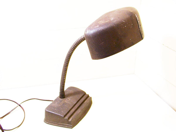 Cast Iron Industrial Gooseneck Table Lamp - Working Condition - idugitup