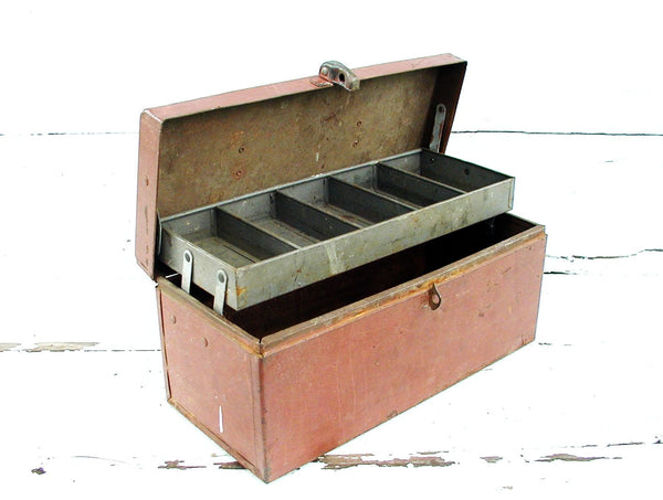 Vintage Craft Box - Old Red Paint - Metal Tackle Tool Box - idugitup