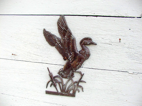 Vintage Flying Duck Weathervane - Weather Vane Topper Country Farmhouse Decor - idugitup