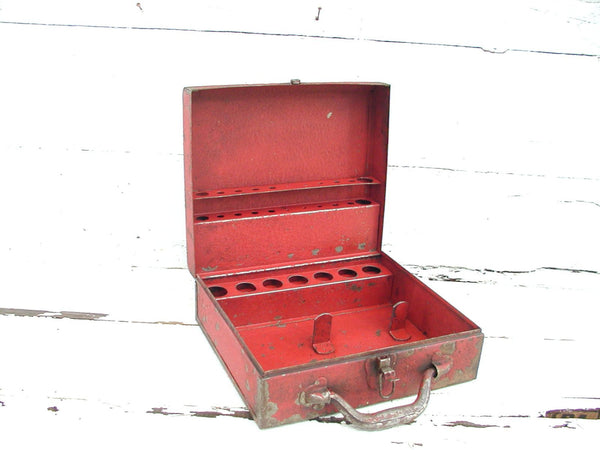 Vintage Craft Box Old Red Paint Metal  - Organize Crafts - Trays Dividers Toolbox Tool Thor Packy - idugitup
