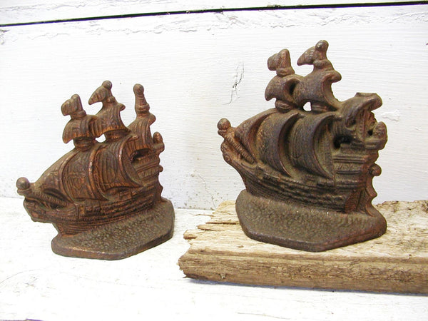 Vintage Ship Bookends - Iron Copper Plate - Nautical Gift for Him - idugitup