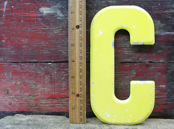 "Vintage Metal Letter C Sign Faded Chippy Paint 7 1/2"" DIY Project"