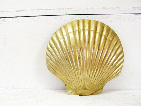 Vintage Brass Scallop Sea Shell Soap Dish - Brass Trinket Dish - Free Ship - idugitup
