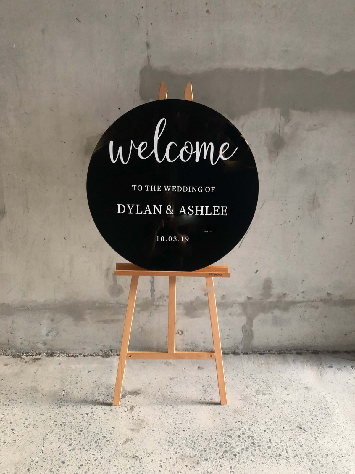 Round wedding sign australia