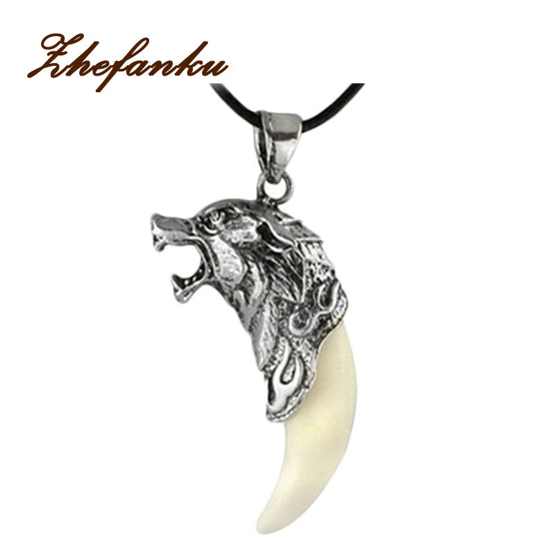 FIERCE WOLF FANG NECKLACE