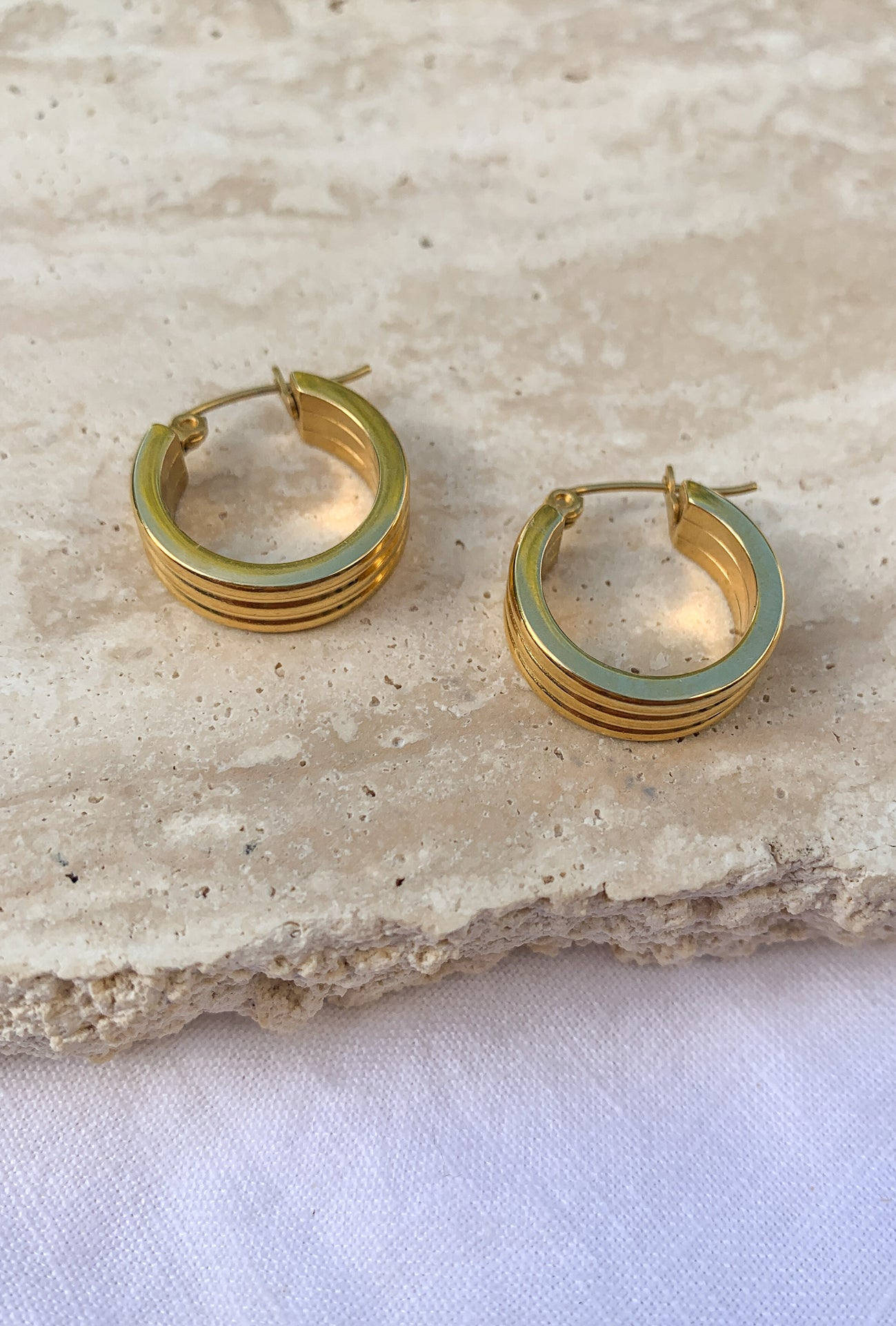 BIJOU HOOP EARRINGS