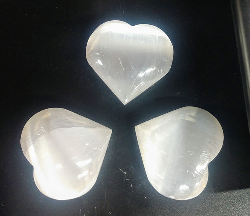 Selenite Hearts to clear your energy and power up your heart chakra ♥️